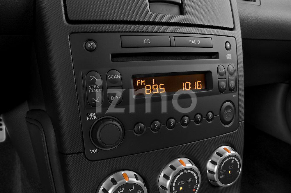 Stereo audio system close up detail view of a 2008 Nissan 350z Coupe Nismo