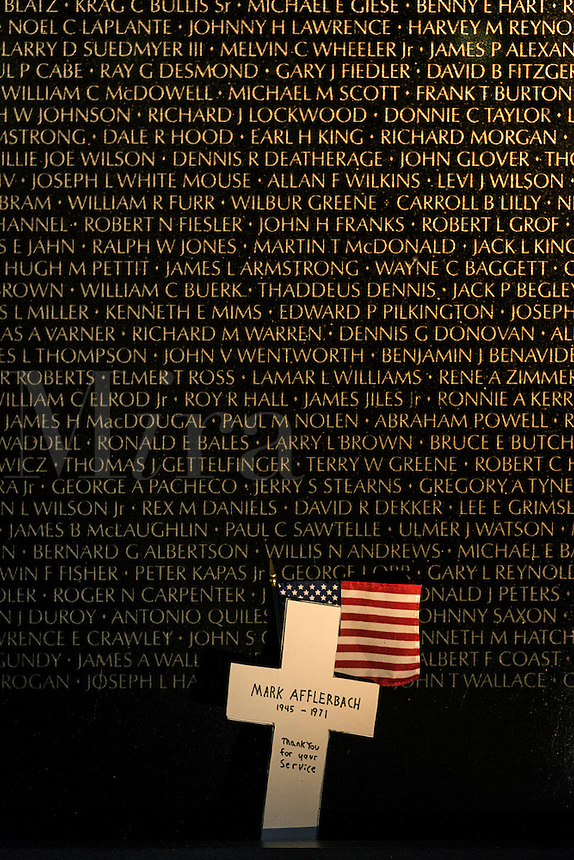 Memorial wall, Vietnam Veterans Memorial, Washington DC, USA