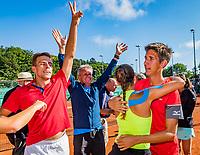 The Hague, Netherlands, 10 June, 2018, Tennis, Play-Offs Competition, Team Zandvoort celebrate Zandvoort is Champion.<br /> Photo: Henk Koster/tennisimages.com
