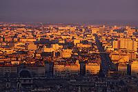 Europe/France/Rhône-Alpes/69/Rhône/Lyon: Vue générale et cours Gambetta à la lumière du soir