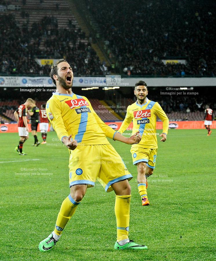 - NAPOLI 8 FEB  -  Stadio San Paolo    Napoli - Milan<br /> NELLA FOTO: gol di higuain