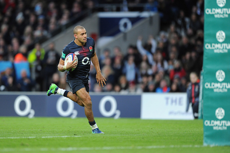 Jonathan Joseph of England runs in a try during the Old Mutual Wealth Series match between England and Fiji at Twickenham Stadium on Saturday 19th November 2016 (Photo by Rob Munro)