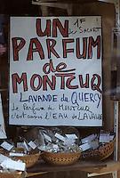Europe/France/Midi-Pyrénées/46/Lot/Quercy Blanc/Montcuq: Détail boutique