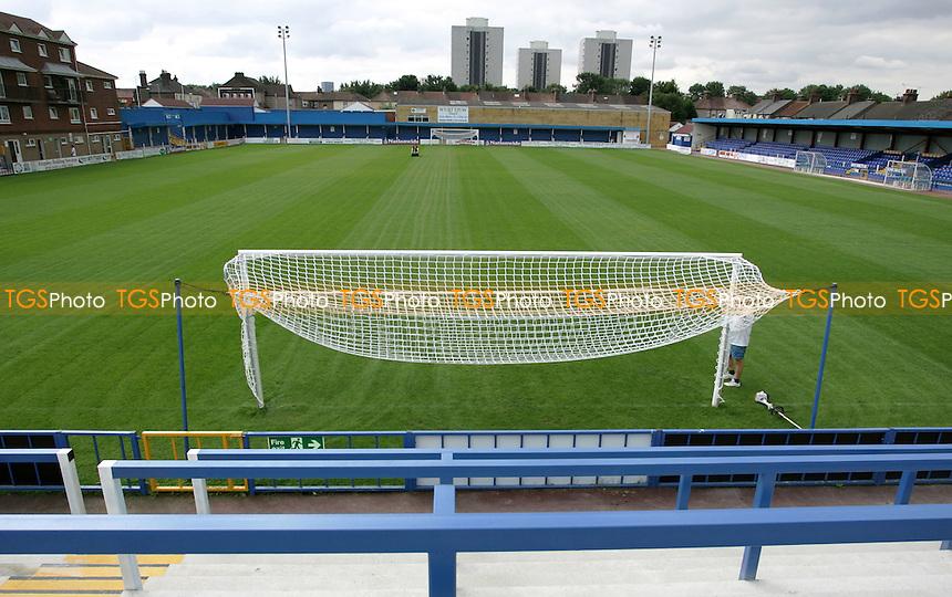 General view from the Bradbourne Road terrace - Grays Athletic Football Club - 12/08/05 - MANDATORY CREDIT: Gavin Ellis/TGSPHOTO. Self-Billing applies where appropriate. NO UNPAID USE. Tel: 0845 094 6026