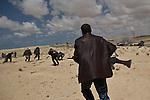 © Remi OCHLIK/IP3 -   Ajdabiya  March 22, 2011 - Fighters of rebellion hold position 9 kilometers from Adjabyia still at the and of Kadhafi loyalist army.