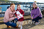 Faye Evans from Dingle celebrating her 4th birthday with a stroll in Dingle on Sunday.<br /> Faye and Lorraine Evans and Amy Cavanagh.