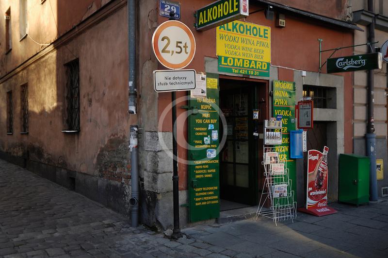 Poland, Krakow, Shopfront, ulica Szeroca, Kazimierz