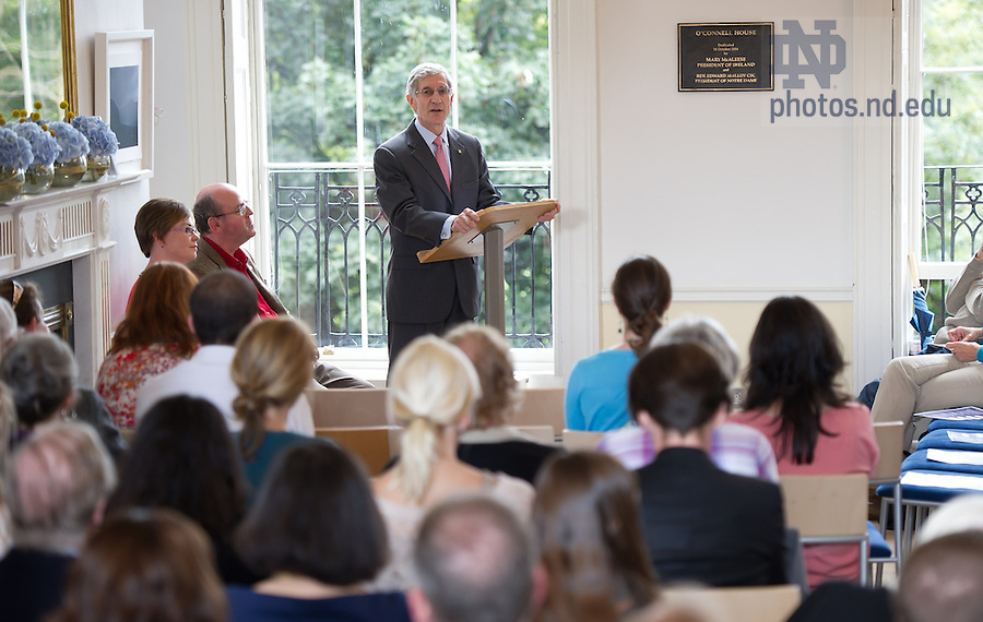 Aug. 30, 2012; University Provost Thomas Burish gives opening remarks at the annual Cushwa Center Hibernian Lecture at O'Connell House in Dublin, Ireland...Photo by Matt Cashore/University of Notre Dame