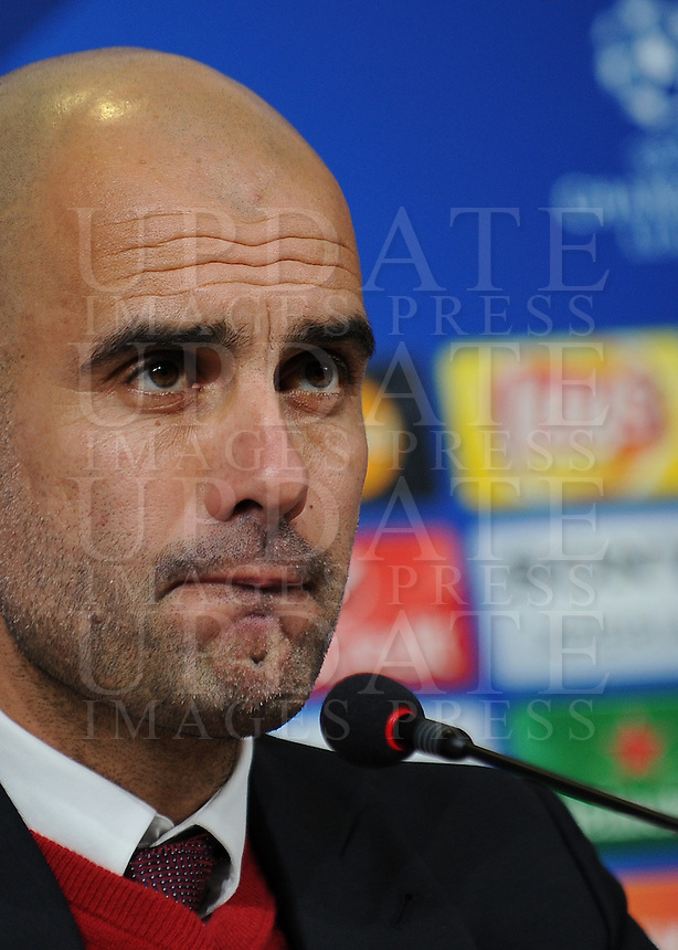 Calcio, Champions League: l'allenatore del Bayern Monaco Josep Guardiola durante la conferenza stampa alla vigilia dell'andata degli ottavi di finale di Champions League contro la Juventus, a Torino, 22 febbraio 2016. <br /> Bayern's coach Josep Guardiola attends a press conference ahead of the Champions League first leg round of 16 football match against Juventus, in Turin, 22 February 2016.<br /> UPDATE IMAGES PRESS/Stringer