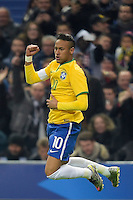 Esultanza de Neymar jr (Brasile) apres son Gol  <br /> Parigi 26-03-2015 Stade De France Calcio Football 2014/2015 Amichevole Francia Brasile <br /> Foto Panoramic / Insidefoto