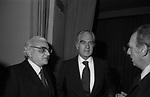 """ANTONIO RUBERTI CON GIORGIO STREHLER<br /> PRIMA DE """"IL GIARDINO DEI CILIEGI"""" TEATRO ARGENTINA ROMA 1975"""