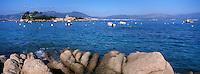 Europe/France/Corse/2A/Corse-du-Sud/ env de Porticcio/Presqu 'Ile de 'Isolella: Depuis la pointe de Sette Nave la plage d'Agosta