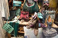Scarpe e borse in vetrina in un negozio di Venezia.<br /> Shoes and bags displayed at a shop in Venice.<br /> UPDATE IMAGES PRESS/Riccardo De Luca