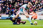 Denis Suarez of FC Barcelona (R) fights for the ball with Daniel Wass of RC Celta de Vigo (L) during the La Liga 2017-18 match between FC Barcelona and RC Celta de Vigo at Camp Nou Stadium on 02 December 2017 in Barcelona, Spain. Photo by Vicens Gimenez / Power Sport Images