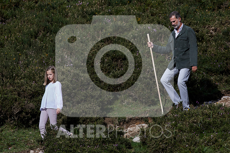 Princess Leonor of Spain and King Felipe VI of Spain visit the Enol lake in Asturias, Spain. September 08, 2018. (ALTERPHOTOS/A. Perez Meca)