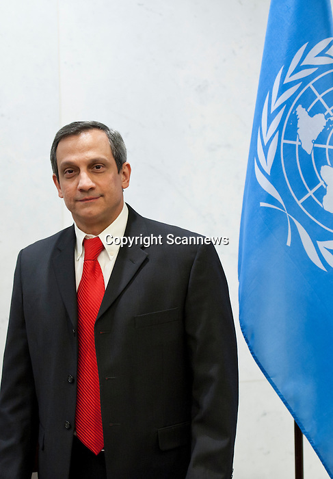 The Secretary-General will receive credentials from the following new Permanent Representative to the United Nations:.- H.E. Mr. Rodolfo Reyes Rodriguez, Cuba..