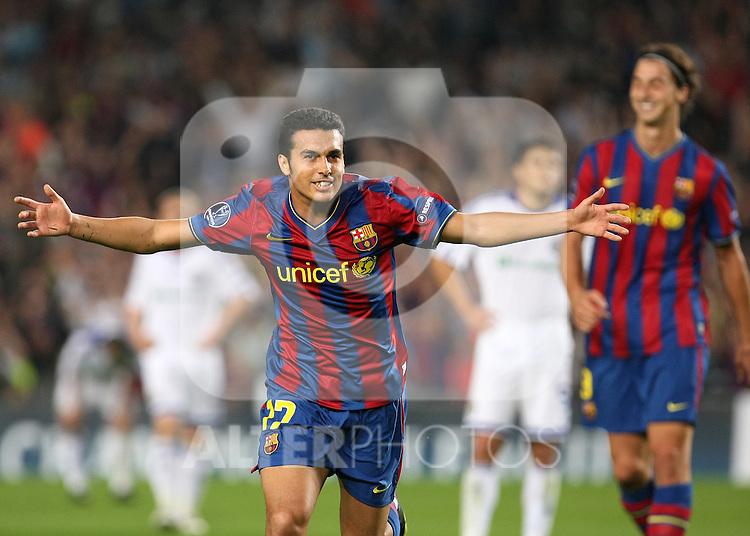FC Barcelona's Pedro Rodriguez celebrates goal  during the UEFA Champions League match.September 29 2009. (ALTERPHOTOS/Acero).