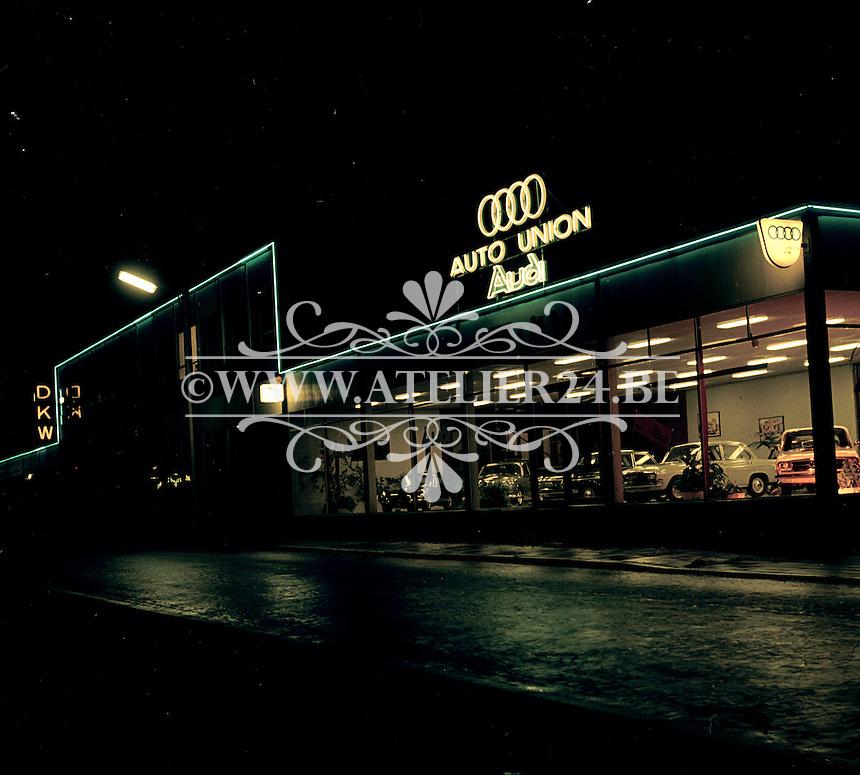 Oktober 1966. Audi garage.