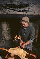Europe/France/Midi-Pyrénées/46/Lot/Haut-Quercy/Env Salviac: Découpe de l'oie [Non destiné à un usage publicitaire - Not intended for an advertising use]<br /> PHOTO D'ARCHIVES // ARCHIVAL IMAGES<br /> FRANCE 1980