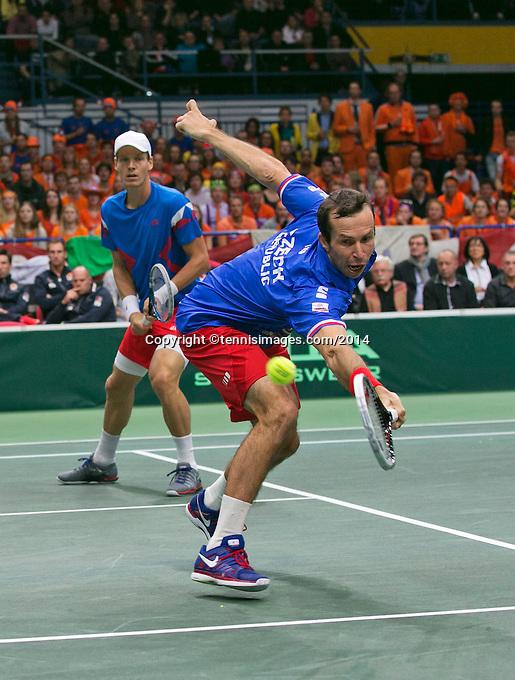 01-02-14,Czech Republic, Ostrava, Cez Arena, Davis Cup Czech Republic vs Netherlands,   Berdych/Stepanek(CZE)<br /> Photo: Henk Koster