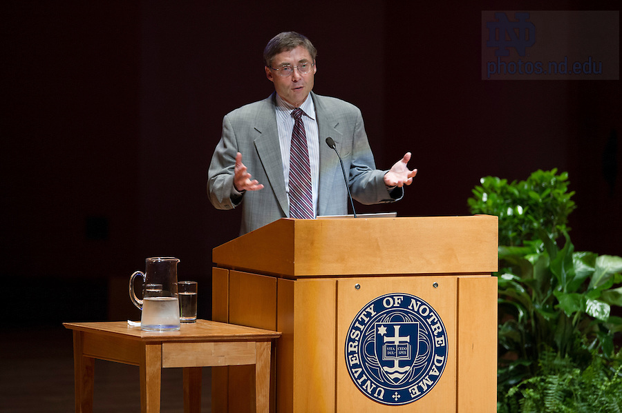 """Sept 15, 2014; Carl Wieman, Nobel Prize winner and professor of physics at Stanford University presents, """"Taking a Scientific Approach to Science Education"""" during the 2014-15 Notre Dame Forum, """"What do Notre Dame Graduates Need to Know,"""" at Leighton Concert Hall in the Debartolo Performing Arts Center. (Photo by Barbara Johnston/University of Notre Dame)"""