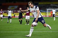 26th October 2020, Turf Moor, Burnley UK; EPL Premier League football, Burnley v Tottenham Hotspur; Tottenham Hotspur forward Harry Kane takes a shot at goal