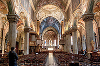 Duomo di Monza, interno --- Monza Cathedral, interior