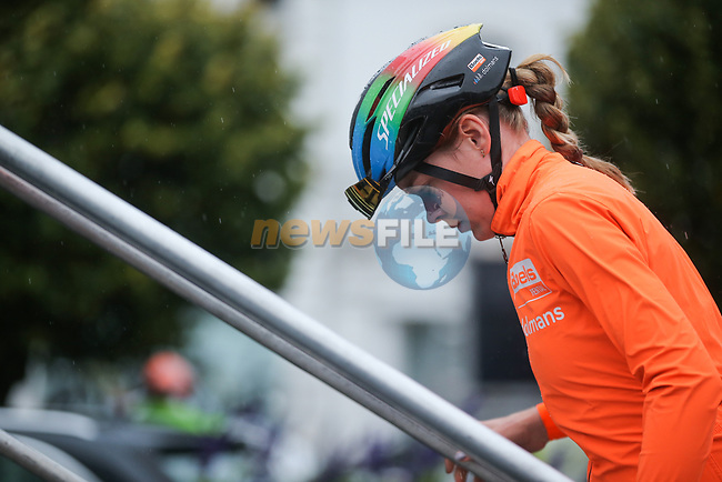 Newly crowned World Champion Anna Van der Breggen (NED) Boels Dolmans Cyclingteam at sign on before Liege-Bastogne-Liege Femmes 2020, running 135km from Liege to Liege, Belgium. 4th October 2020.<br /> Picture: ASO/Thomas Maheux | Cyclefile<br /> All photos usage must carry mandatory copyright credit (© Cyclefile | ASO/Thomas Maheux)