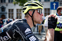 hot'n'sweaty<br /> post-race hydration<br /> <br /> 55th Grote Prijs Jef Scherens - Rondom Leuven 2021 (BEL)<br /> <br /> One day race from Leuven to Leuven (190km)<br /> ridden over the final circuit of the 2021 World Championships road races <br /> <br /> ©kramon