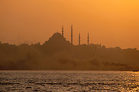 - the Blue Mosque at sunset ....- la Moschea Azzurra al tramonto