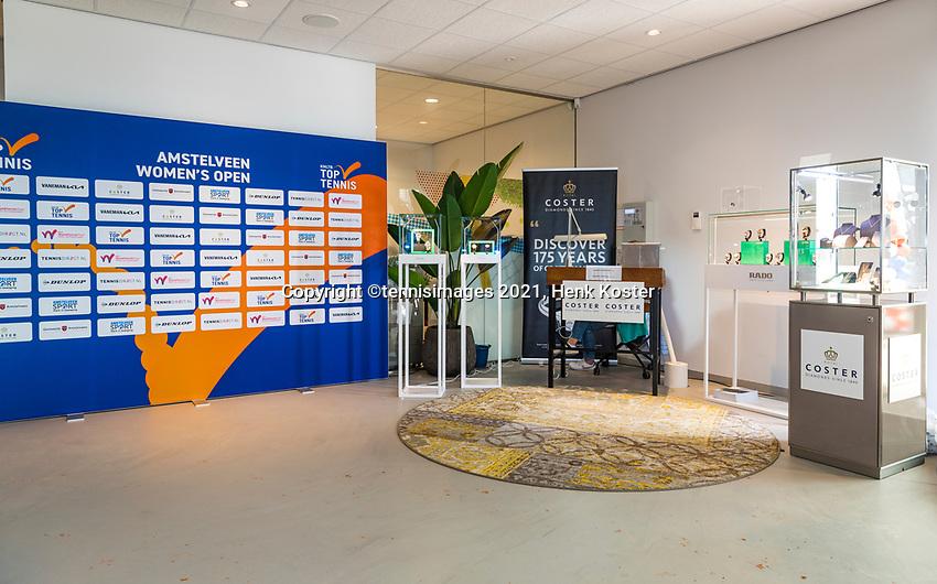 Amstelveen, Netherlands, 7 Juli, 2021, National Tennis Center, NTC, Amstelveen Womans Open, Coster diamonts stand in entree<br /> Photo: Henk Koster/tennisimages.com