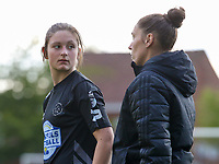 Kenza Vrithof (9) of Woluwe and Head coach Audrey Demoustier of Woluwe pictured before a female soccer game between Sporting Charleroi and White Star Woluwe on the 7 th matchday in play off 2 of the 2020 - 2021 season of Belgian Scooore Womens Super League , friday 14 th of May 2021  in Marcinelle , Belgium . PHOTO SPORTPIX.BE | SPP | Sevil Oktem