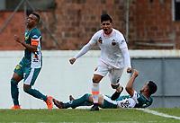 ENVIGADO - COLOMBIA - 03 - 03 - 2018: Yeison Guzman, jugador de Envigado F. C., celebra el gol anotado a Leones F. C., durante partido entre Envigado F. C. y Leones F. C. de la fecha 6 por la Liga Aguila I 2018, en el estadio Polideportivo Sur de la ciudad de Envigado. / Yeison Guzman, player of Envigado F. C., celebrates a scored goal to Leones F. C., during a match between Envigado F. C. and Leones F. C. of the 6th date for the Liga Aguila I 2018 at the Polideportivo Sur stadium in Envigado city. Photo: VizzorImage / Leon Monsalve / Cont.