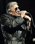 RE EML Roger Waters 110810