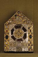 Europe/France/Auvergne/12/Aveyron/Conques: Reliquaire pentagonal argent vermeil, amaux - VIIIème et XIIème
