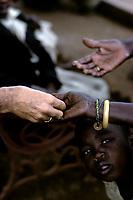 Afrique<br /> <br /> (date inconnue)<br /> <br /> PHOTO : Michel Faugere Publiphoto- Agence Quebec Presse