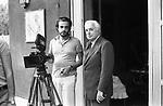 "MANUEL E VITTORIO DE SICA<br /> SUL SET DE ""L'EROE"" DI MANUEL DE SICA ROMA 1974"