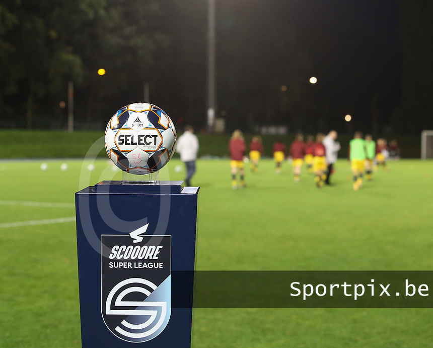 Match ball pictured before a female soccer game between FC Femina WS Woluwe and Standard Femina de Liege on the fourth match day of the 2020 - 2021 season of Belgian Womens Super League , Friday 8th of October 2020  in Brussels , Belgium . PHOTO SPORTPIX.BE | SPP | SEVIL OKTEM