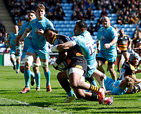 Photo: Richard Lane/Richard Lane Photography. Wasps v Worcester Warriors. Gallagher Premiership. 06/04/2019. Wasps' Nathan Hughes goes in for try.