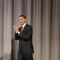 Democratic presidential hopeful Senator Barack Obama arrives on stage to deliver a speech on the economy at The Cooper Union for the Advancement of Science and Art in New York City,  27 March 2008.