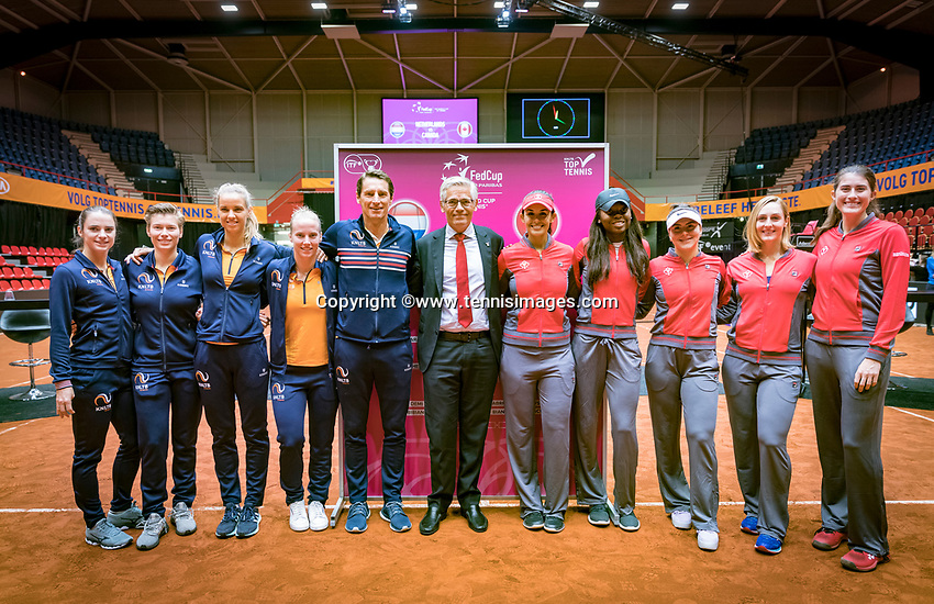 Den Bosch, The Netherlands, Februari 8, 2019,  Maaspoort , FedCup  Netherlands - Canada, Draw both teams Netherlands (L) and Canada<br /> Photo: Tennisimages/Henk Koster