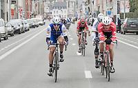 Tiesj Benoot (BEL/Lotto-Soudal) makes the jump from the peloton to the breakaway group that includes Peter Sagan (SVK/Bora-Hansgrohe), Jasper Stuyven (BEL/Trek-Segafredo) & Matteo Trentin (ITA/QuickStep)<br /> <br /> 69th Kuurne-Brussel-Kuurne 2017 (1.HC)
