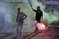 Milano, 20/03/2016 - manifestazione della comunità Curda in occasione del loro capodanno; contestazioni davanti al consolato della Turchia<br /> <br /> - Milan, 20/03/2016 - demonstration of the Kurdish community for their New Year; protests in front of the Consulate of Turkey
