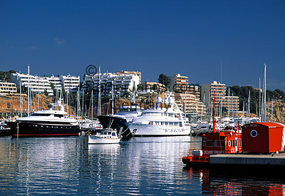 Spanien, Balearen, Mallorca, Portals Nous: Yachthafen | Spain, Balearic Islands, Mallorca, Portals Nous: yacht harbour