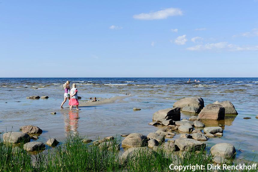 Steinstrand bei Roja, Lettland, Europa