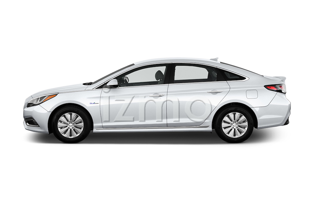 Car Driver side profile view of a 2017 Hyundai Sonata-Hybrid Hybrid 4 Door Sedan Side View