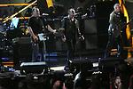 Bruce Springsteen ,ROCK & ROLL HALL OF FAME CONCERT AT MADISON SQUARE GARDEN, U2,
