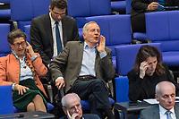 """30. Sitzung des Deutschen Bundestag am Freitag den 27. April 2018.<br /> Auf Antrag der rechtsnationalistischen """"Alternative fuer Deutschland"""", AfD, musste das Parlament ueber den Entwurf eines Gesetzes zur Aenderung Paragraph 130 des Strafgesetzbuchs (Volksverhetzung) diskutieren. Abgeordnete aller Fraktionen, ausser der Rechtsnationalisten, wiesen dies als Schritt zur Abschaffung des Paragraphen zurueck. <br /> Im Bild: Der AfD-Abgeordnete Martin Hohmann bei einem lautstarken Zwischenruf.<br /> 27.4.2018, Berlin<br /> Copyright: Christian-Ditsch.de<br /> [Inhaltsveraendernde Manipulation des Fotos nur nach ausdruecklicher Genehmigung des Fotografen. Vereinbarungen ueber Abtretung von Persoenlichkeitsrechten/Model Release der abgebildeten Person/Personen liegen nicht vor. NO MODEL RELEASE! Nur fuer Redaktionelle Zwecke. Don't publish without copyright Christian-Ditsch.de, Veroeffentlichung nur mit Fotografennennung, sowie gegen Honorar, MwSt. und Beleg. Konto: I N G - D i B a, IBAN DE58500105175400192269, BIC INGDDEFFXXX, Kontakt: post@christian-ditsch.de<br /> Bei der Bearbeitung der Dateiinformationen darf die Urheberkennzeichnung in den EXIF- und  IPTC-Daten nicht entfernt werden, diese sind in digitalen Medien nach §95c UrhG rechtlich geschuetzt. Der Urhebervermerk wird gemaess §13 UrhG verlangt.]"""
