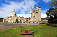 8/6/2015 View of the Balmoral Castle, it is the summer residence of Queen Elizabeth II., The British Queen. She considers herself there from August to October, Ballater, Scotland on 2015/06/08. Foto EXPA/ JFK/Insidefoto