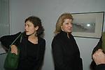"""MAGHERITA AGNELLI CON LA FIGLIA GINEVRA ELKANN<br /> VERNISSAGE """" A RIVEDERCI ROMA"""" DI PRISCILLA RATTAZZI<br /> GALLERIA MONCADA ROMA 2004"""